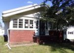 Foreclosed Home in ORCHARD ST, Temperance, MI - 48182