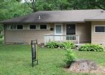 Foreclosed Home en SW PEGGY CIR, Lees Summit, MO - 64081