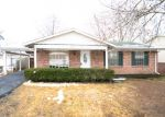 Foreclosed Home en MILLVALLEY DR, Florissant, MO - 63031