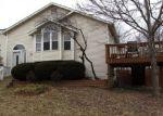 Foreclosed Home en GLENBARR CT, Valley Park, MO - 63088