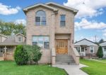 Foreclosed Home en W MONTROSE AVE, Harwood Heights, IL - 60706