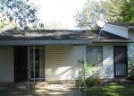 Foreclosed Home en DOGWOOD LN, Hazel Crest, IL - 60429