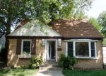 Foreclosed Home en E INDIANA ST, Wheaton, IL - 60187