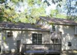 Foreclosed Home en WOODACRES DR, East Stroudsburg, PA - 18301