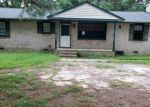Foreclosed Home en KATHLEEN CT, Petersburg, VA - 23803