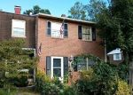 Foreclosed Home en EARLHAM CT, Woodbridge, VA - 22193