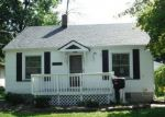 Foreclosed Home en BIRNEY ST, Essexville, MI - 48732