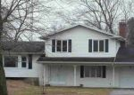 Foreclosed Home in SCHOOL RD, Temperance, MI - 48182