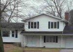 Foreclosed Home en SCHOOL RD, Temperance, MI - 48182