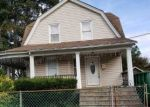 Foreclosed Home en RUTLAND RD, Freeport, NY - 11520