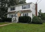Foreclosed Home in W 16TH ST, Deer Park, NY - 11729