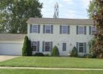 Foreclosed Home en WESTMINSTER DR, North Olmsted, OH - 44070