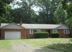 Foreclosed Home en CARDINAL DR, La Plata, MD - 20646