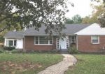 Foreclosed Home en WILLIAM AVE, Williamstown, NJ - 08094