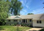 Foreclosed Home en GREEN GROVE PL, Neptune, NJ - 07753