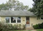 Foreclosed Home en N 72ND ST, Milwaukee, WI - 53218