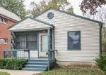 Foreclosed Home en W SIEGFRIED PL, Milwaukee, WI - 53214