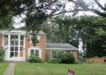 Foreclosed Home in FOXCROFT DR, Riverton, NJ - 08077