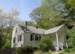Foreclosed Home en WATERBURY RD, Cheshire, CT - 06410