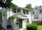 Foreclosed Home en BONAIR AVE, Waterbury, CT - 06710