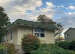 Foreclosed Home in CLINTON AVE, Patchogue, NY - 11772