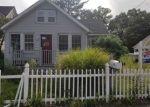 Foreclosed Home en OAK CREST DR, Huntington Station, NY - 11746