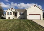 Foreclosed Home en CRESCENT OAKS DR, Madison, WI - 53704