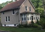 Foreclosed Home en PILLING ST, Norwich, CT - 06360