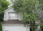 Foreclosed Home en N SALEM LN, Round Lake, IL - 60073