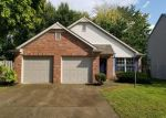 Foreclosed Home en PINE RIDGE EAST DR, Fishers, IN - 46038