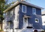 Foreclosed Home en S WASHINGTON AVE, Lansing, MI - 48910