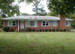 Foreclosed Home en WINDSOR BLVD, Zuni, VA - 23898