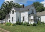 Foreclosed Home en N KNOWLES AVE, New Richmond, WI - 54017
