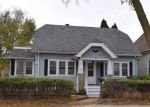 Foreclosed Home en S 77TH ST, Milwaukee, WI - 53219