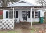 Foreclosed Home in E 1ST ST, Hearne, TX - 77859