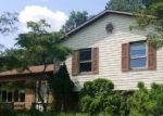 Foreclosed Home en REYNOLDS RD, Tamaqua, PA - 18252