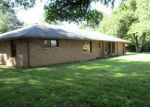 Foreclosed Home en E 200 N, Anderson, IN - 46012