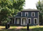 Foreclosed Home en GRANITE ST, Waupaca, WI - 54981