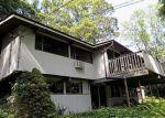 Foreclosed Home en RESERVOIR RD, Norwich, CT - 06360
