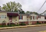 Foreclosed Home en N TULPEHOCKEN ST, Pine Grove, PA - 17963
