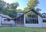 Foreclosed Home en HUNT RD, Columbia, CT - 06237