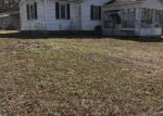 Foreclosed Home en HOLLOWAY DR, Willow Springs, MO - 65793
