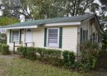 Foreclosed Home en BARCLAY ST SW, Live Oak, FL - 32064
