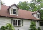Foreclosed Home en LEWIS CROWN DR, Tobyhanna, PA - 18466