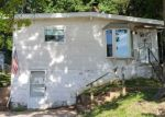 Foreclosed Home en READING AVE, Maryland Heights, MO - 63043