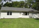 Foreclosed Home en LONGVIEW RD, Kansas City, MO - 64134