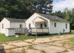 Foreclosed Home en RIVES RD, Petersburg, VA - 23805
