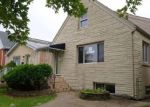 Foreclosed Home en N OZARK AVE, Harwood Heights, IL - 60706