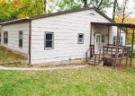 Foreclosed Home en E WINNER RD, Independence, MO - 64053