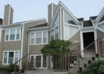 Foreclosed Home en STONY CREEK LN, Ellicott City, MD - 21043